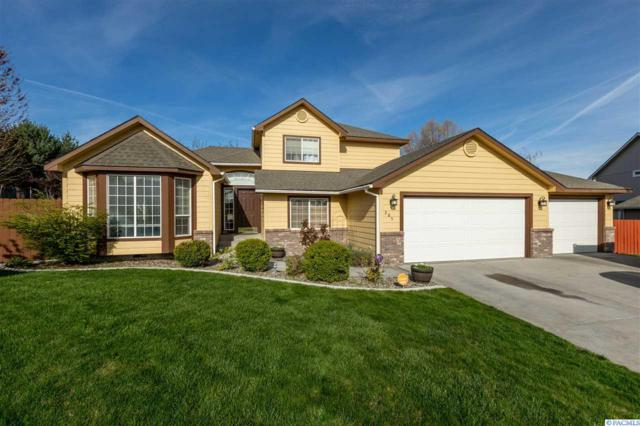 365 Kona Ct, Richland, WA 99352 (MLS #236620) :: Dallas Green Team