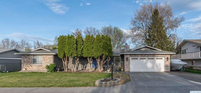 207 S Roosevelt St, Kennewick, WA 99636 (MLS #236649) :: Community Real Estate Group