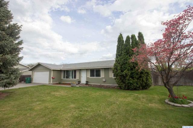 1921 W 16th Ave, Kennewick, WA 99337 (MLS #236700) :: Dallas Green Team