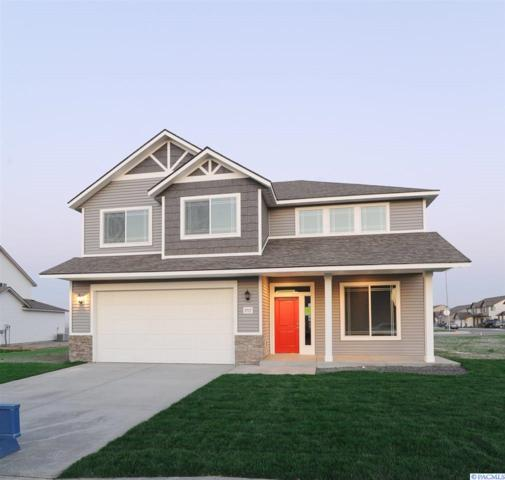 4501 Carthage Street, Pasco, WA 99301 (MLS #236776) :: The Lalka Group