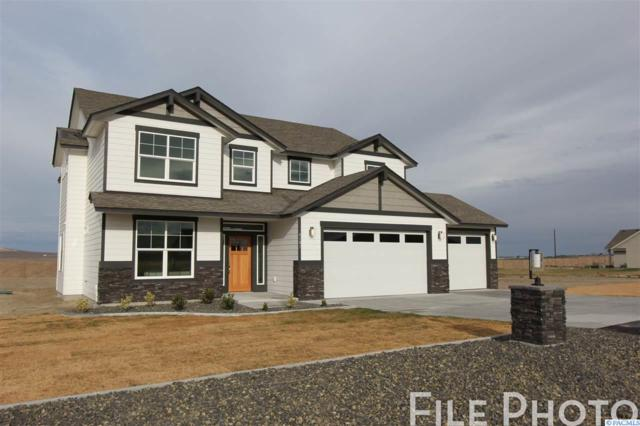 5909 Grandin Lane, Pasco, WA 99301 (MLS #236780) :: The Lalka Group