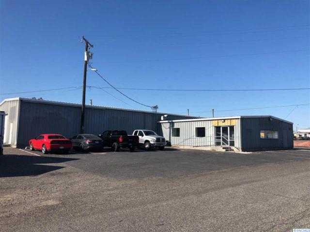 325 W Deschutes, Kennewick, WA 99336 (MLS #237065) :: The Lalka Group