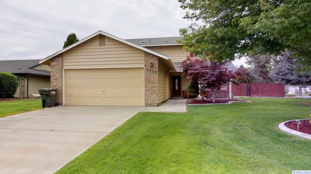 5122 W Killdeer Court, West Richland, WA 99353 (MLS #237387) :: The Lalka Group