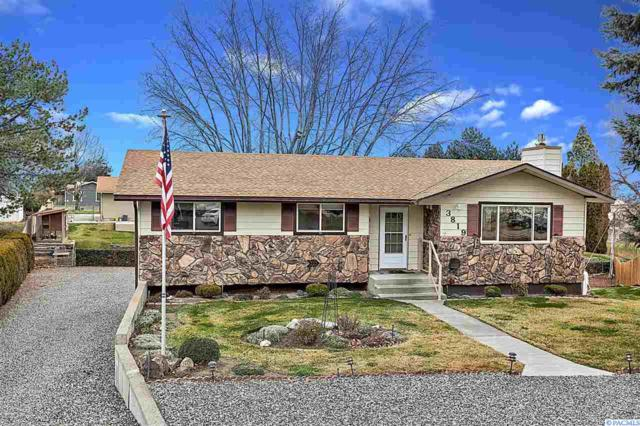3819 S Auburn Street, Kennewick, WA 99337 (MLS #237410) :: The Lalka Group