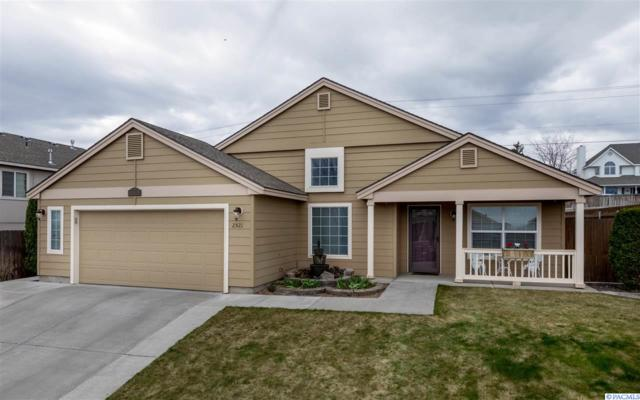 2521 W 35th Ave., Kennewick, WA 99337 (MLS #237419) :: The Lalka Group