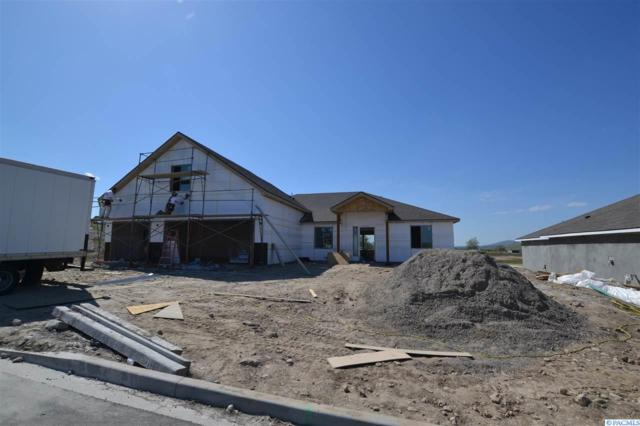 3424 S Lincoln Pl, Kennewick, WA 99338 (MLS #237479) :: Community Real Estate Group