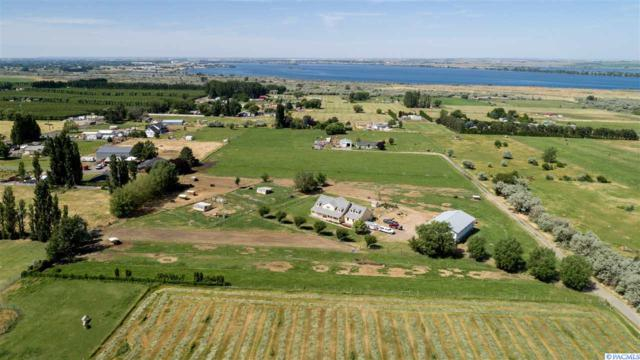 244924 E Hover Rd, Kennewick, WA 99337 (MLS #237873) :: Community Real Estate Group