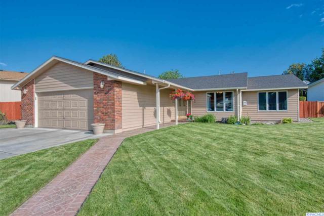 2204 S Dayton Street, Kennewick, WA 99337 (MLS #237888) :: Community Real Estate Group