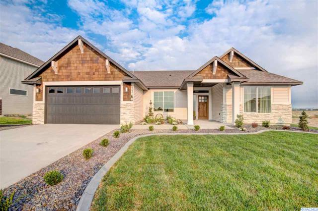 528 Summerview Lane, Richland, WA 99352 (MLS #238039) :: Dallas Green Team