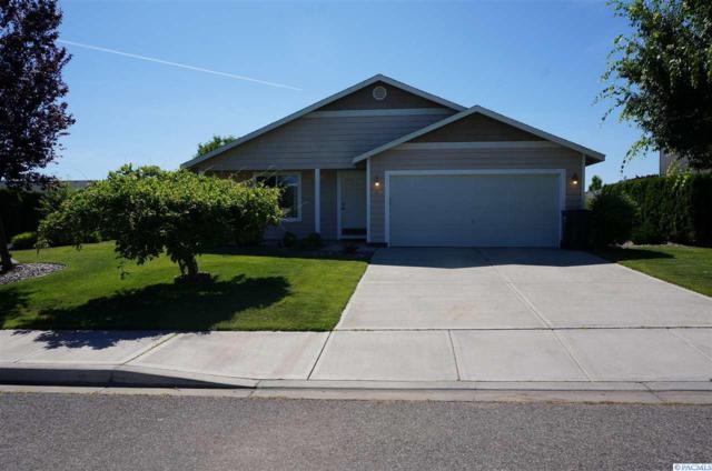 4104 Galway Lane, Pasco, WA 99301 (MLS #238118) :: Dallas Green Team