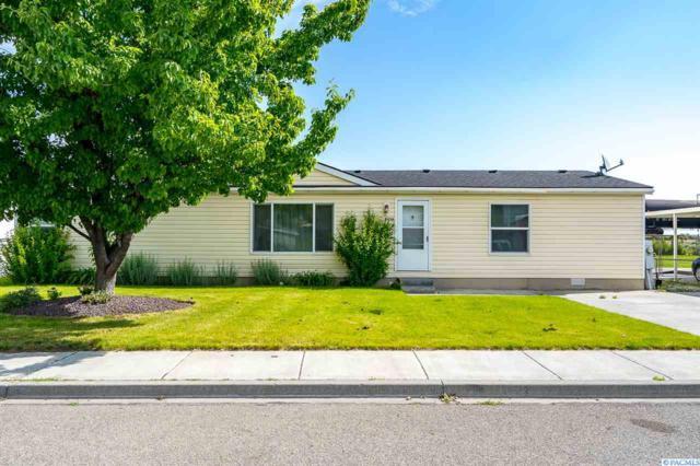 8436 W Canyon Ave, Kennewick, WA 99336 (MLS #238133) :: Community Real Estate Group