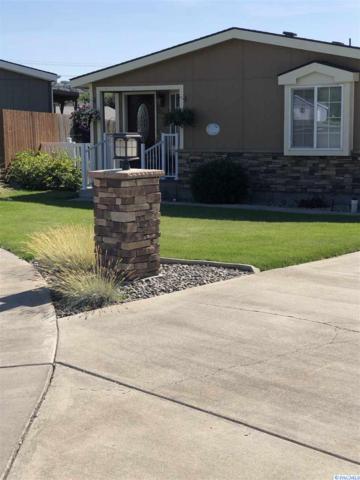 2512 S Dennis Street, Kennewick, WA 99337 (MLS #238140) :: Community Real Estate Group