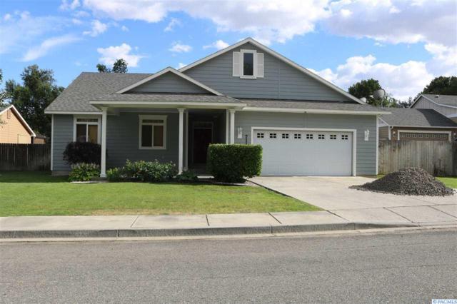 711 W 18TH CT, Kennewick, WA 99337 (MLS #238296) :: Community Real Estate Group