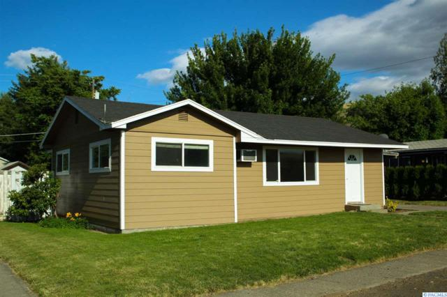 820 Brown St., Prosser, WA 99350 (MLS #238326) :: Community Real Estate Group