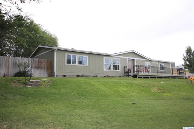 3905 E Corral Creek Rd., Benton City, WA 99320 (MLS #238400) :: Dallas Green Team