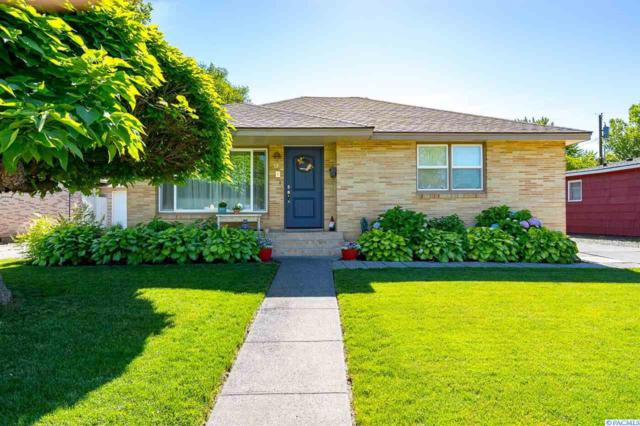 37 N Lyle St, Kennewick, WA 99336 (MLS #238661) :: Dallas Green Team