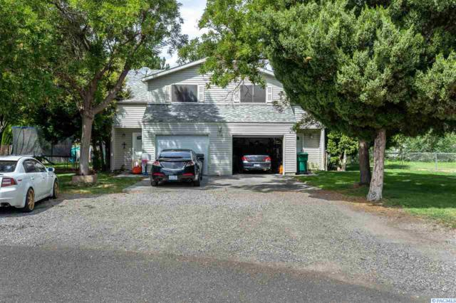 2208 W 13th Ave, Kennewick, WA 99337 (MLS #238836) :: The Phipps Team