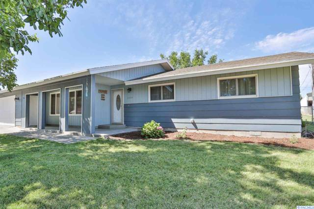 3404 S Garfield, Kennewick, WA 99337 (MLS #238855) :: The Lalka Group