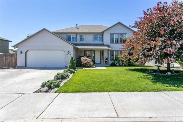 1825 W 29th Ct, Kennewick, WA 99337 (MLS #238856) :: The Lalka Group