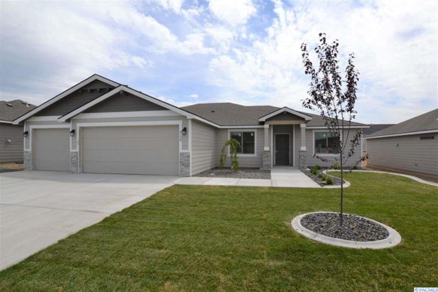 8120 Babine Dr, Pasco, WA 99301 (MLS #238874) :: The Lalka Group