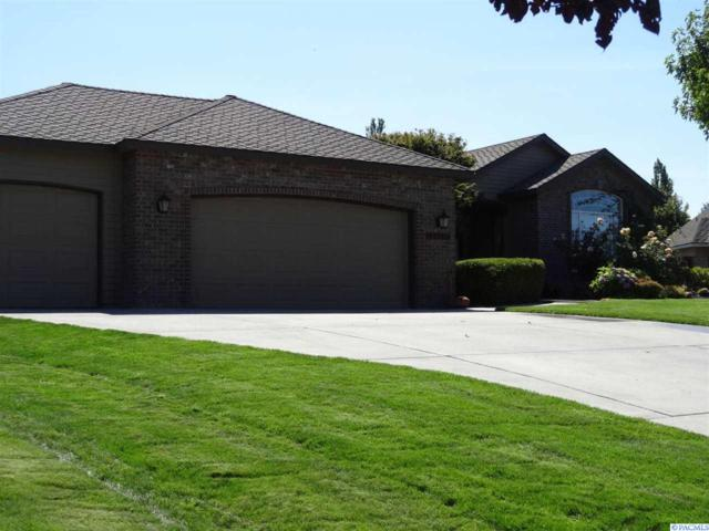 2919 W 43rd Court, Kennewick, WA 99337 (MLS #238882) :: The Lalka Group
