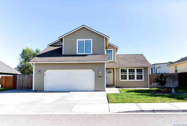 1707 W 31st Ave, Kennewick, WA 99337 (MLS #238892) :: The Lalka Group