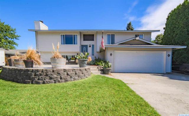 8112 W Grand Ronde Ave, Kennewick, WA 99336 (MLS #238893) :: The Lalka Group