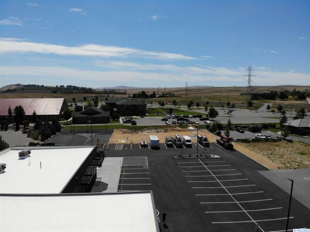 10379 W Clearwater, Kennewick, WA 99336 (MLS #238950) :: Premier Solutions Realty
