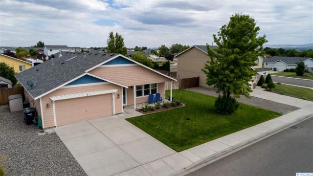 4215 Holland Lane, Pasco, WA 99301 (MLS #238952) :: Dallas Green Team