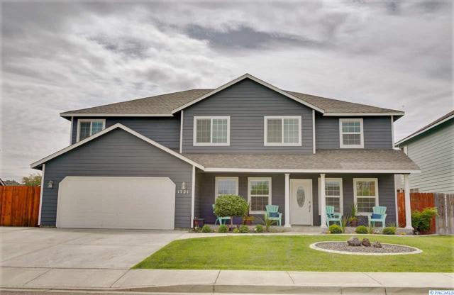 1721 W 30th Ave, Kennewick, WA 99337 (MLS #239005) :: Premier Solutions Realty