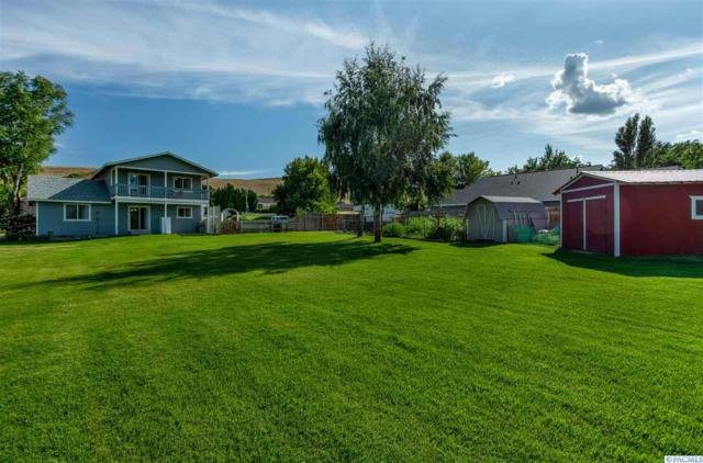 4405 S Sharron Ct, Kennewick, WA 99337 (MLS #239021) :: Community Real Estate Group