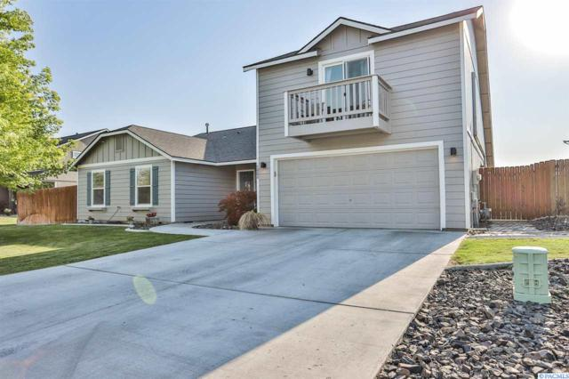 5904 Maryhill Ln, Pasco, WA 99301 (MLS #239025) :: The Lalka Group