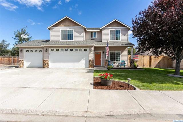 1718 W 39th Ave, Kennewick, WA 99337 (MLS #239038) :: The Lalka Group