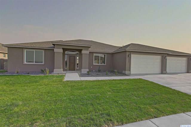 6781 Argos Street, West Richland, WA 99353 (MLS #240608) :: Premier Solutions Realty
