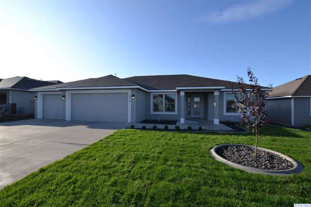 8112 Babine Dr, Pasco, WA 99301 (MLS #240700) :: The Lalka Group