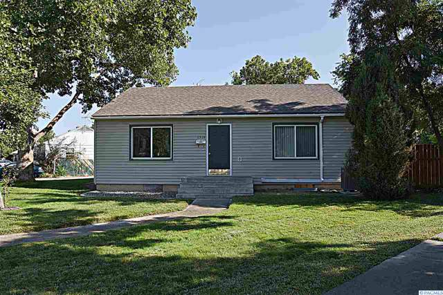 1314 Mahan Ave, Richland, WA 99354 (MLS #240728) :: The Lalka Group