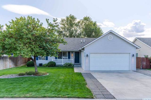 8704 Lancaster Dr, Pasco, WA 99301 (MLS #240742) :: Dallas Green Team