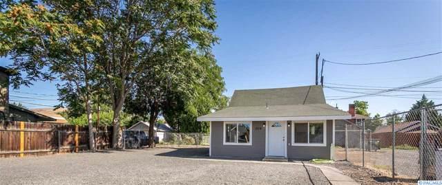 309 N 7th St, Yakima, WA 98901 (MLS #240747) :: Community Real Estate Group