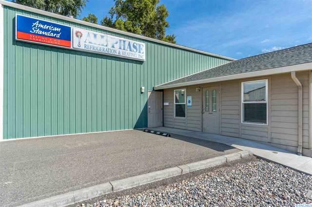 818 W John Day Ave, Kennewick, WA 99336 (MLS #240764) :: Community Real Estate Group