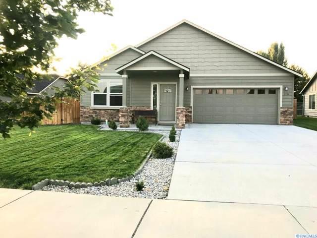 3516 W Everett Pl, Moses Lake, WA 98837 (MLS #240782) :: Community Real Estate Group