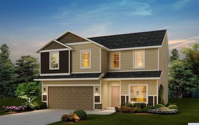 4812 Athens Drive, Pasco, WA 99301 (MLS #241090) :: Community Real Estate Group
