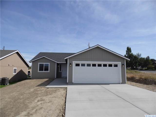 618 S County Rd, Warden, WA 98857 (MLS #241137) :: Community Real Estate Group