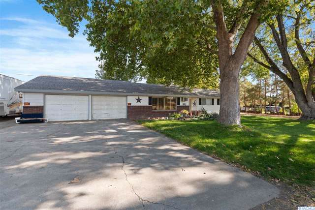 1925 Rd 40, Pasco, WA 99301 (MLS #241172) :: Dallas Green Team