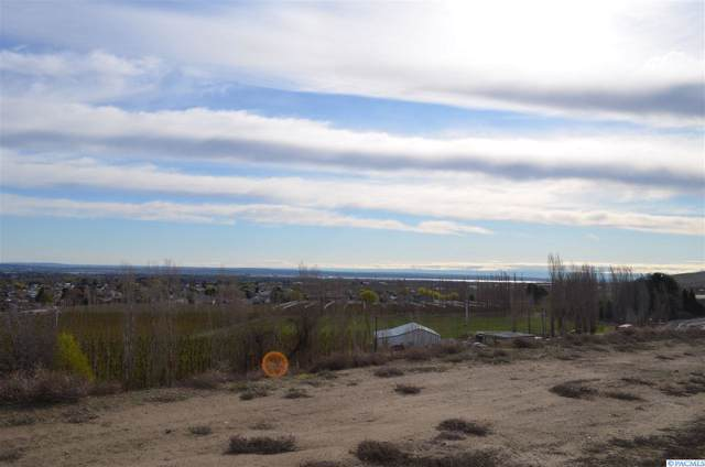 5263 S Kent St, Kennewick, WA 99337 (MLS #241186) :: Community Real Estate Group