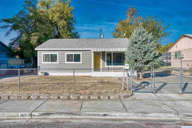 907 Smith Ave, Richland, WA 99352 (MLS #241277) :: Community Real Estate Group