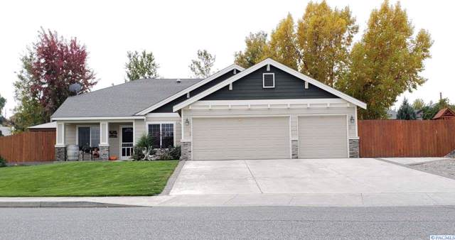 3663 Bing St, West Richland, WA 99353 (MLS #241320) :: Community Real Estate Group