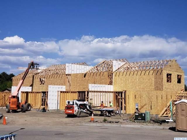 1157 S Cedar St, Kennewick, WA 99337 (MLS #241399) :: Premier Solutions Realty