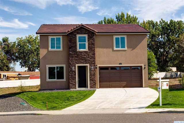 601 S Huntington Pl, Kennewick, WA 99336 (MLS #241441) :: Dallas Green Team