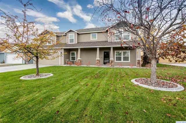 2903 S Highlands Blvd, West Richland, WA 99353 (MLS #241443) :: Dallas Green Team