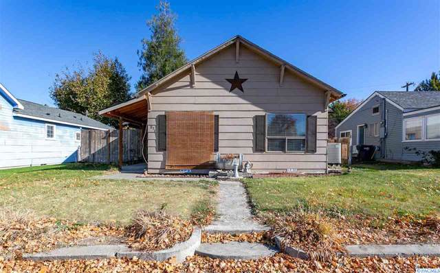 836 Brown St, Prosser, WA 99350 (MLS #241530) :: The Phipps Team